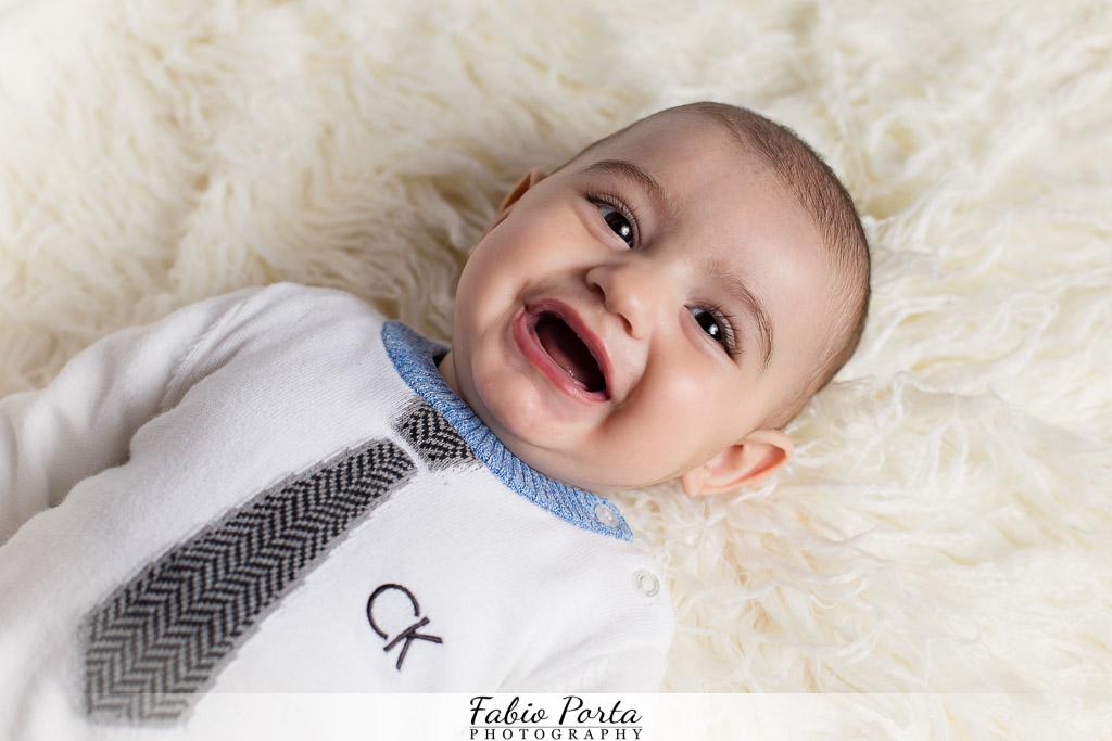 Bimbo sorridente Servizio Bebè Fotografo bambini neonati Modena, Reggio Emilia, Parma, Bologna