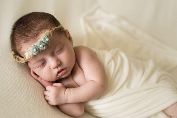 Lara - Servizio fotografico neonato Modena